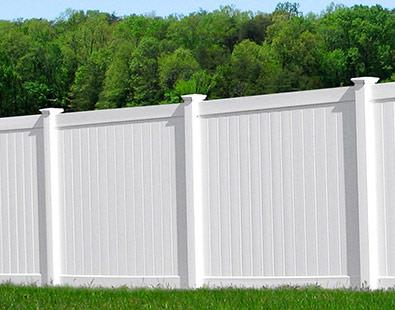 white_vinyl_fencing_privacy_pros_fence_company